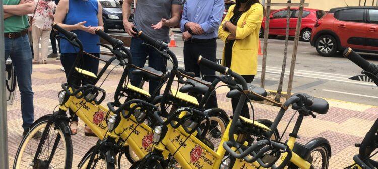 Cullera aparcamiento bicicletas